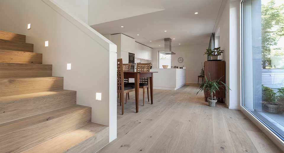 Bodenbelag Massivholzdielen im Wohnraum